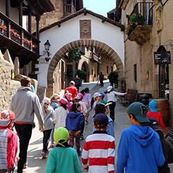 Activitats familiars al Poble Espanyol