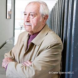 Josep Vallverdú rep la Medalla d'Or de la Generalitat