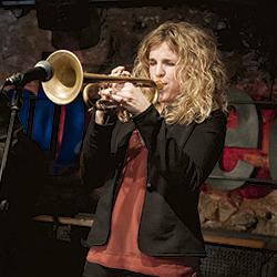 La Mireia, trompetista